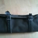 eine Werkzeug-Rolltasche